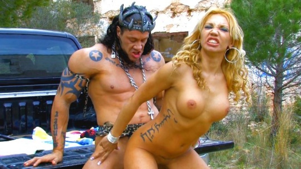 Los Super Heroes de Follame Tonto follando con Ginger Hell