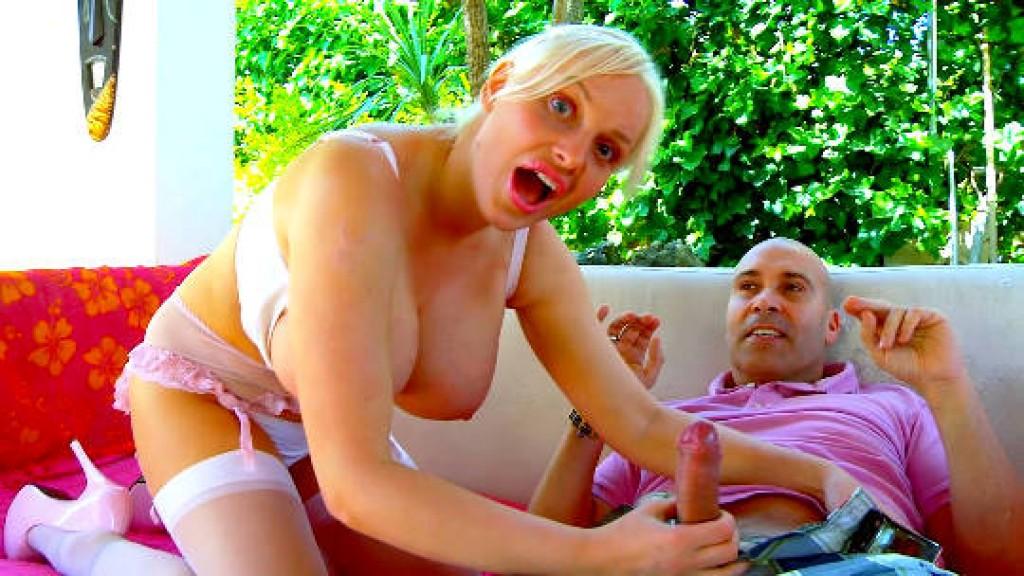 TETAZAS ENORMES con Jordan Pryce, una rusa sableada a pollázos por Max Cortes