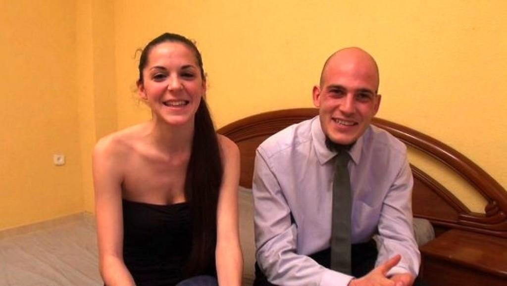 Tu vecinita Tamara y su maromo Carlos debutan con nosotros. Los metrosexuales de Madrid se abren para vosotros.