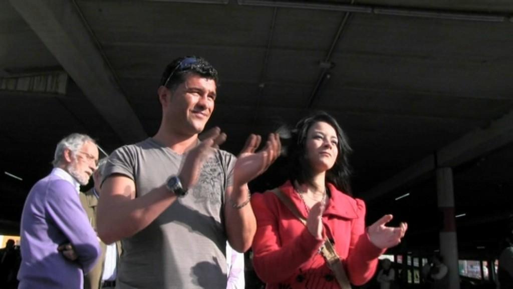 Huelga General del 29M: manifestación en Ferrol. Pedro liga con una chica y nos acaba pidiendo que la meemos en la boca.
