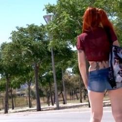 Lili Lou pasa de puta de carretera al porno, en tan solo dos pollazos