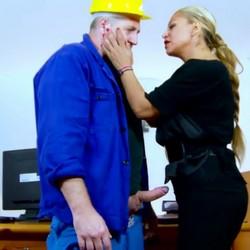 ORGASMO ANAL ( REAL ) y SQUIRTING  anal.  Alexa Blune, se pone en manos de Terry para saciar su voraz apetito por las pollas.