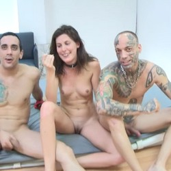 Entrevistamos a Cristal y los dos maromos después de cumplir la fantasía de ser sodomizada.
