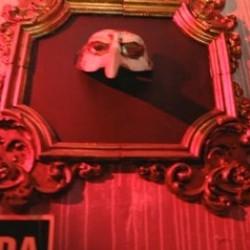 PUB LIBERAL. Descubre lo que se esconde tras las paredes de una de las salas mas deseadas de Madrid, el Pub Fusion