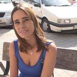 3 retos para Natalia : Exhibicionismo, masturbacion y -reunion familiar- mientras folla