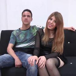 Sorpresa muy especial de Rena para su novio Coto, Una chica con polla.
