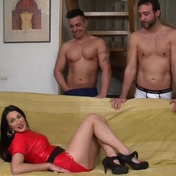 Mi primera doble penetración: Ana Ribera y sus orgasmos anales. ¡¡¡SE LE PONEN LOS OJOS EN BLANCO CUANDO LA DAN POR EL CULO!!!