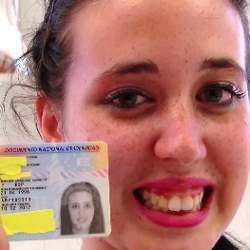¡Feliz 18 cumpleaños Nicole! : Ayer tenia 17 y hoy cumple 18 añitos. Bienvenida al porno !