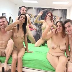Las primeras experiencias liberales de parejas jovenes, novatas y amantes del sexo. Bienvenidos a Parejas.NET