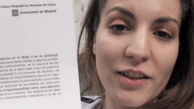 19 años, NINFÓMANA DIAGNOSTICADA. Su fantasía: grabar porno y follarse a un negro. - foto 1