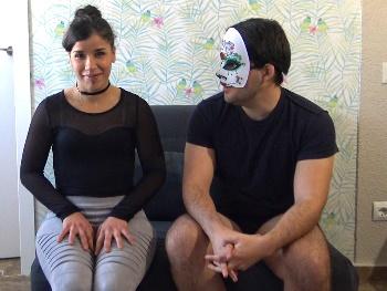 Maria la timida y los aspirantes a actor porno. Casting para valientes!
