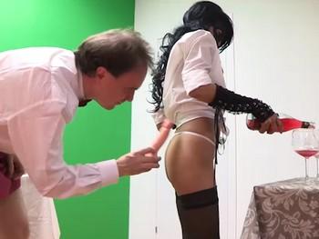Sexo, morbo, diversion y buen rollo en los First FAKings