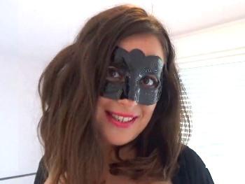 Catwoman viene para follarse a todo el que se ponga por delante